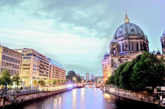 Linguistic and Translation Services in Berlin (Mitte)