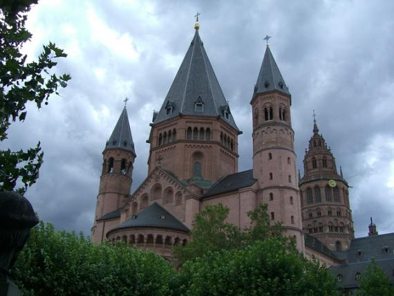 Linguistic and Translation Services in Mainz